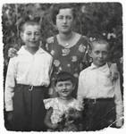 Outdoor portrait of the Gendelman family in Rokitno, Poland.