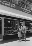 Oskar Schindler and Ludmila Pfefferberg-Page who was saved by him, in front of her store in Beverly Hills.
